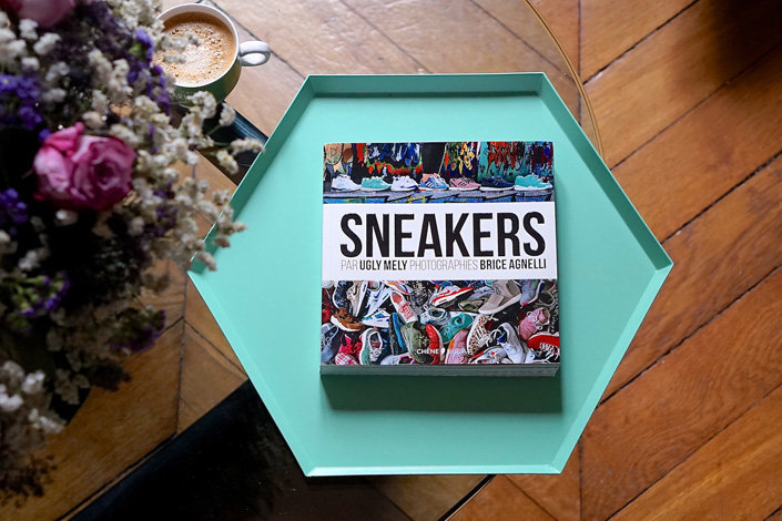 Книга Sneakers by Ugly Mely