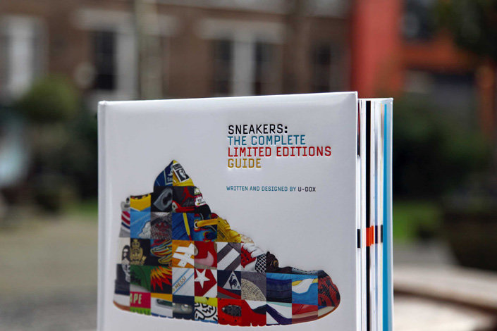 Книга Sneakers: The Complete Limited Editions Guide