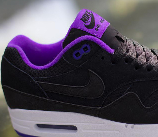 promo code 7d749 02d50 Релиз Nike Air Max 1 Essential WMNS  Black Black Hyper Grape White   запланирован на июль, но точной даты нет.