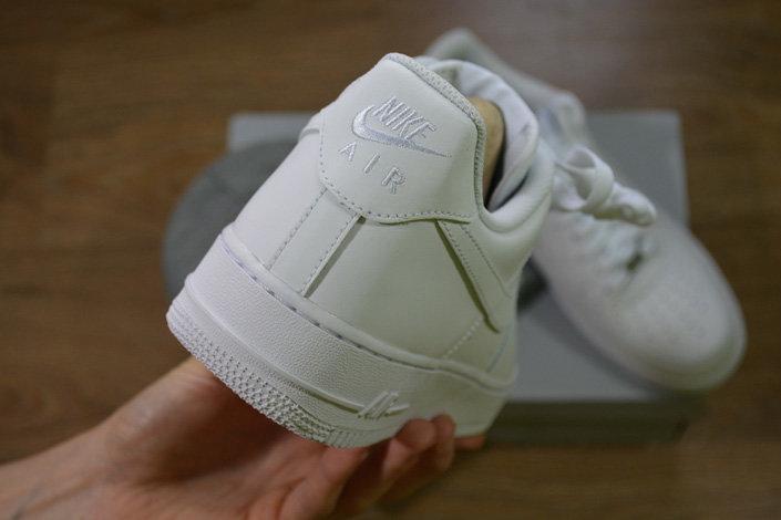 e8abd19c Метка Nike Air на заднике оригинальных Air Force 1 Low