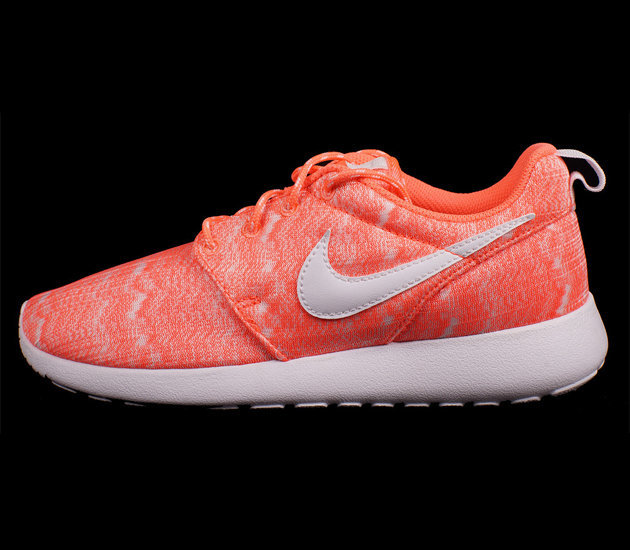 Кроссовки Nike Roshe Run Print GS [Bright MangoWhite