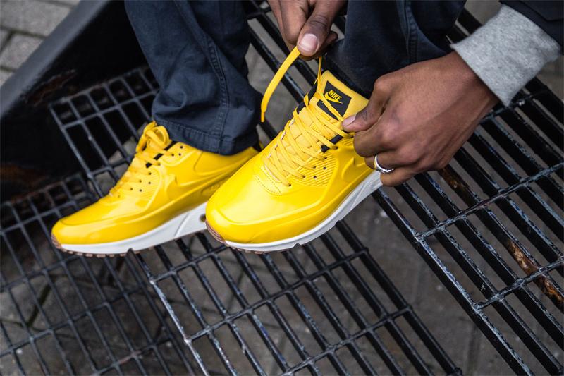 ff32c8c2 Думаю, читатели, которые занимаются спортом профессионально или просто  выходят на пробежку, знают, как важно иметь качественную обувь, позволяющую  добиться ...