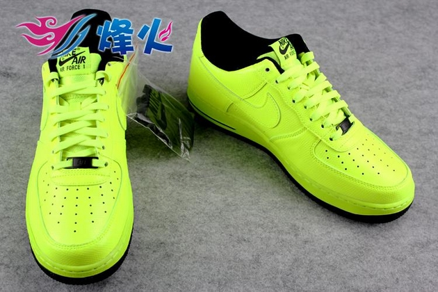 Кроссовки Nike Air Force 1 Low [Volt/Black]