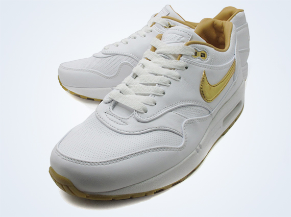 Кроссовки Nike Air Max 1 FB [White Gold]