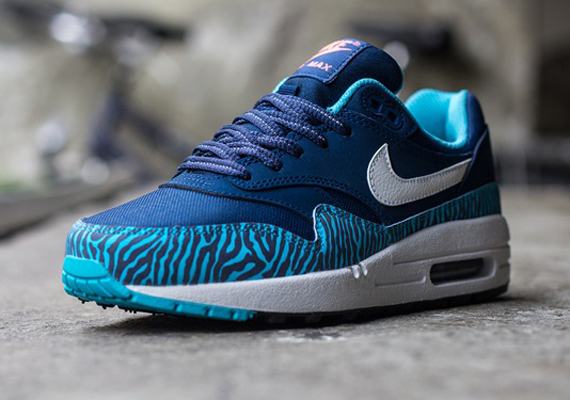 Кроссовки Nike Air Max 1 GS [Tiger] Brave Blue
