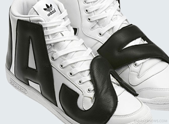 Кроссовки Jeremy Scott x adidas Originals JS Letters
